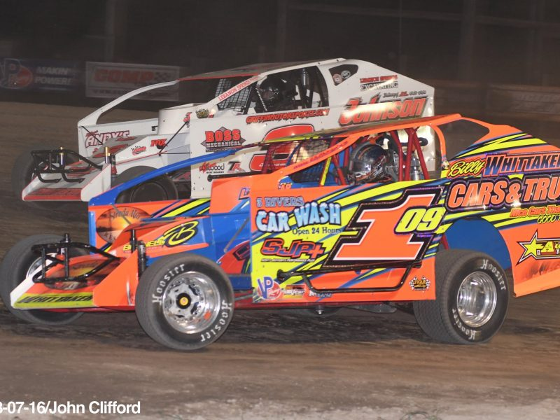 Huge Show Featuring Demolition Derby 1 000 To Win Mike